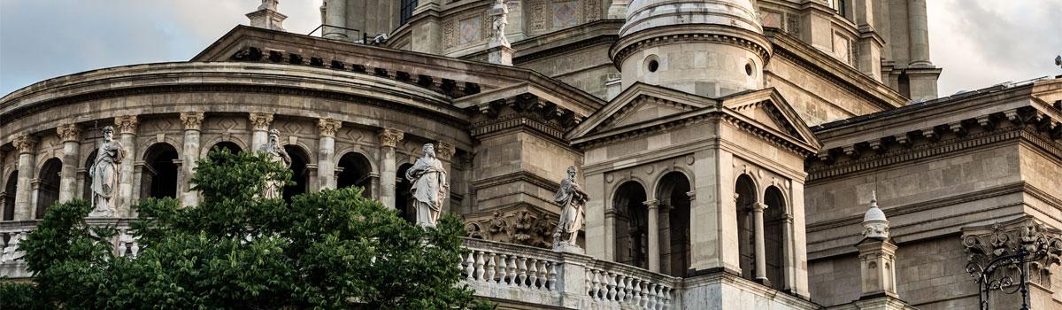 Kirchliche Träger & Stiftungen